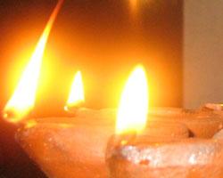 share-story-diwali-diya