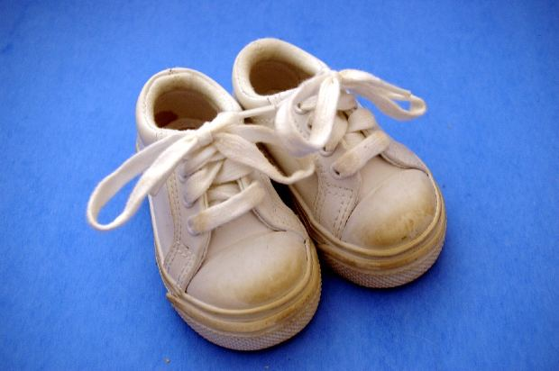 kids-shoes