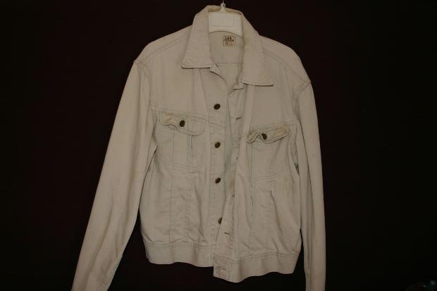 Social-Short-Story-white-coat