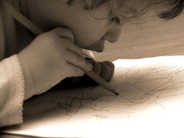 child-Scribble-pencil
