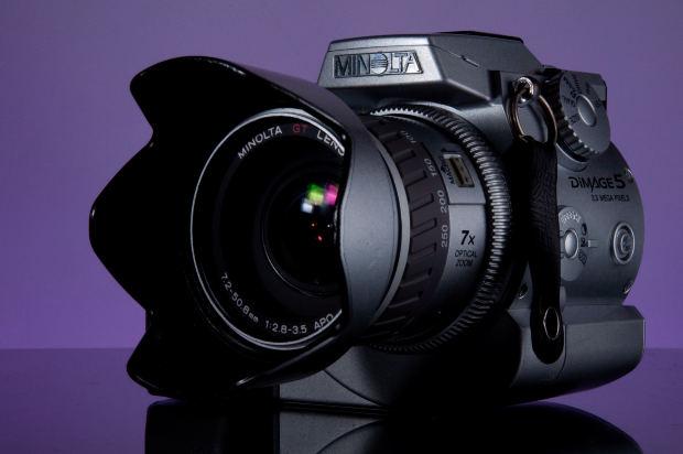 Suspense-Short-Story-slr-camera