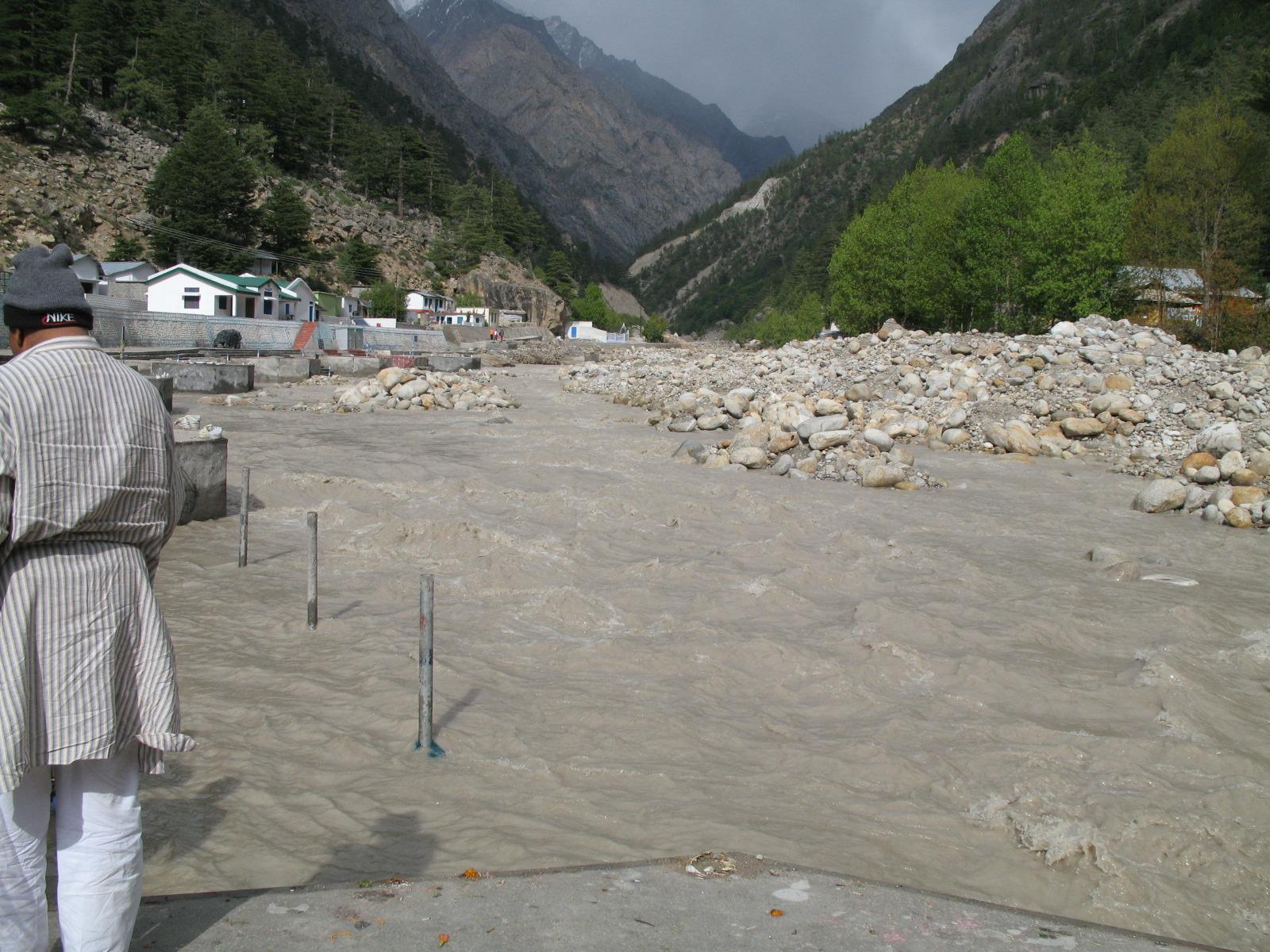 Ganga-River-Mountains